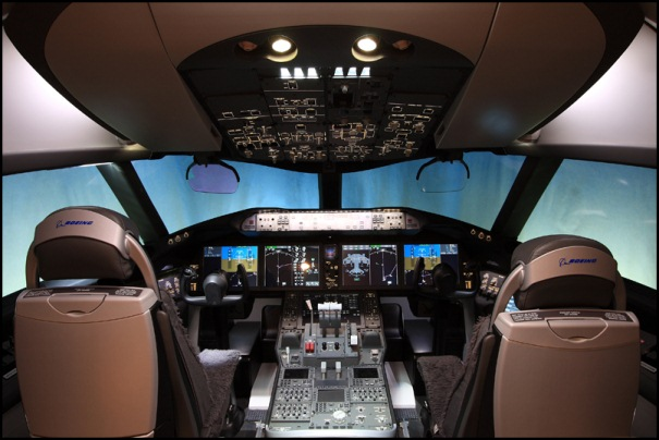 boeing 787 cockpit view