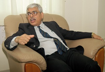 prof bhowmik director iit patna