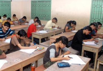 JEE is about accuracy & AIEEE tests speed