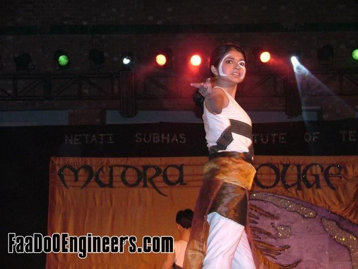 mudra-the-choreo-event-nsit-moksha-2011-photo-gallery-001