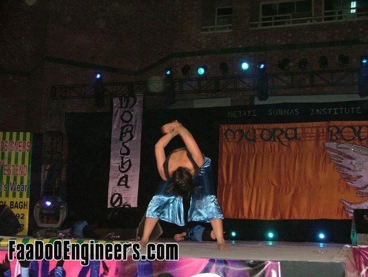 mudra-the-choreo-event-nsit-moksha-2011-photo-gallery-016