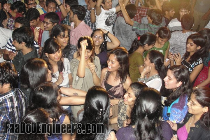 ht-city-fresh-on-campus-rendezvous-2011-iit-delhi-image-014