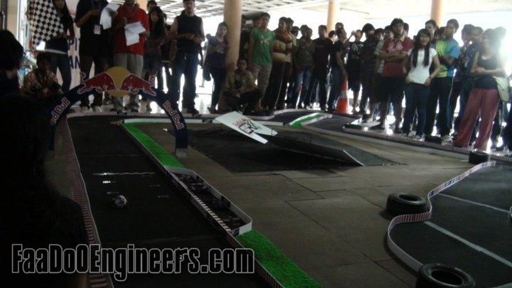 redbull-racing-can-rendezvous-2011-iit-delhi-image-002