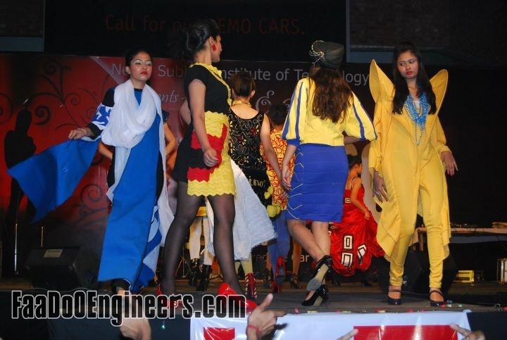rouge-the-fashion-parade-team-nsit-moksha-2010-photo-gallery-013