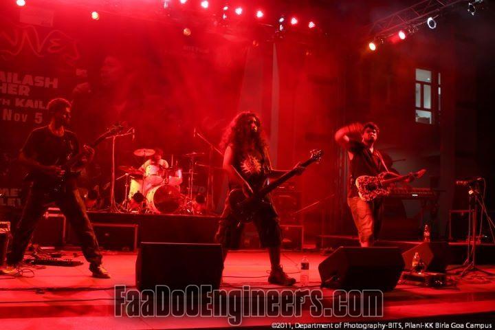 waves-2011-bits-goa-fashion-show-rock-concert-dj-night_006